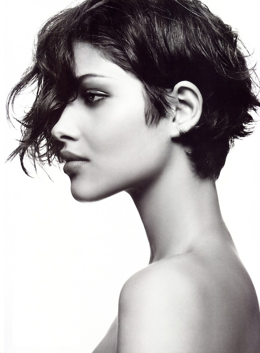4-Le-Fashion-Blog-20-Inspiring-Short-Hairstyles-Ana-Beatriz-Barros-Asymmetrical-Hair-Via-Allure.jpg