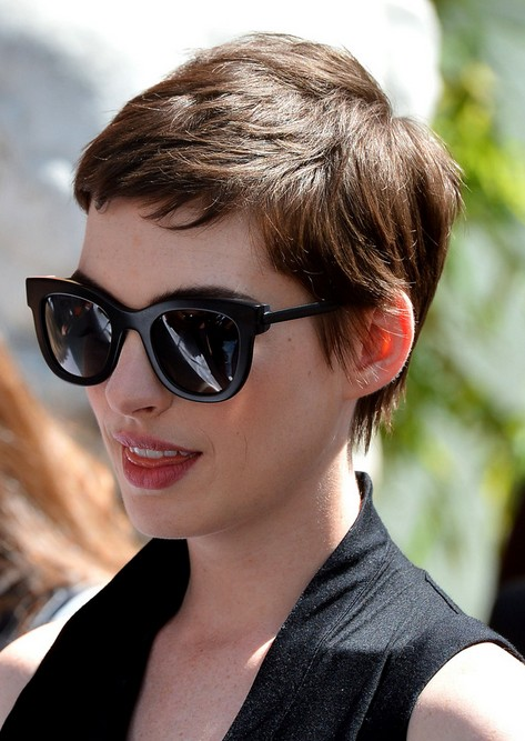 Anne-Hathaway-Pixie-Cut-for-2014.jpg