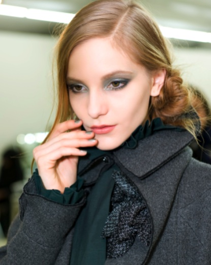 CHANEL-Fall-Winter-2011-Beauty2.jpg