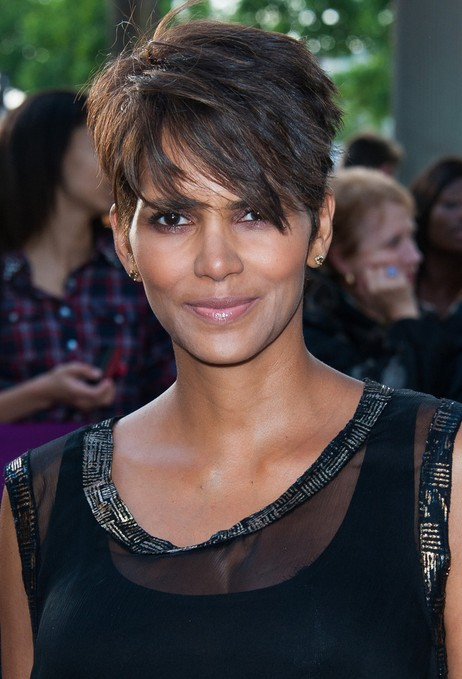 Halle-Berry-Short-Hairstyles-2014.jpg