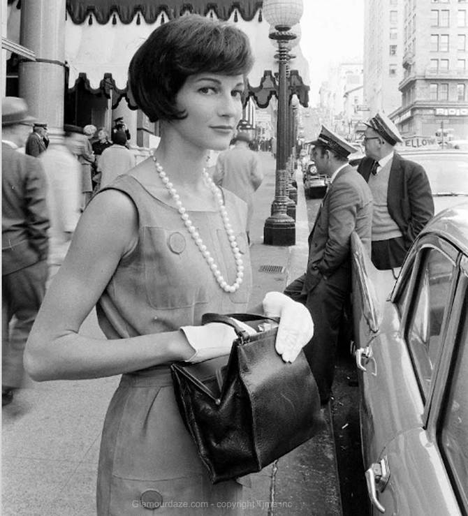 Jackie-Kennedy-Look-In-Fashion-N-R-Farbman-.jpg
