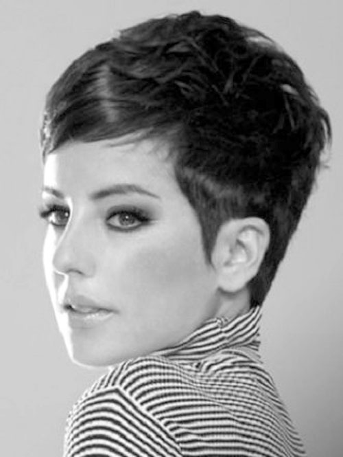 20-trendy-short-hairstyles-14.jpg