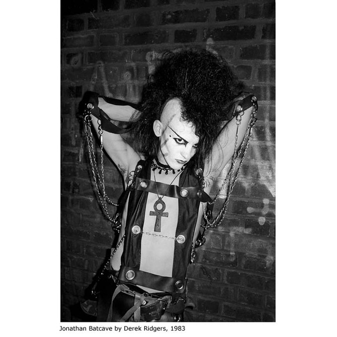 Club-to-Catwalk-London-Fashion-1980s-VA-Batcave.jpg