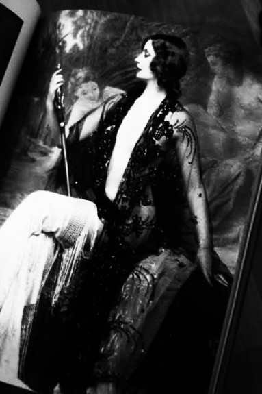 Jazz-Age-Beauties-Alfred-Cheney-Johnston-book-Afterhours-Sleaze-and-Dignity-2-383x575.jpg