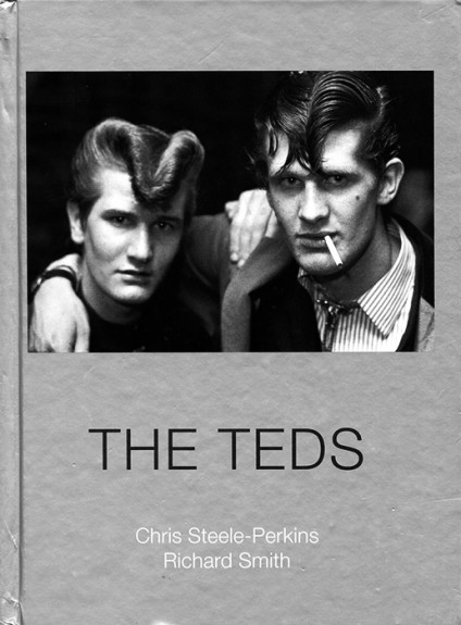 The-Teds-Chris-Steele-Perkins-Richard-Smith-Dewi-Lewis-Publishing-Afterhours-Sleaze-and-Dignity-424x575.jpg