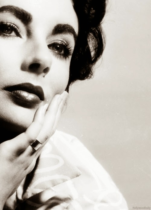 elizabeth taylor close up black white liz taylor vintage classic hollywood.jpg