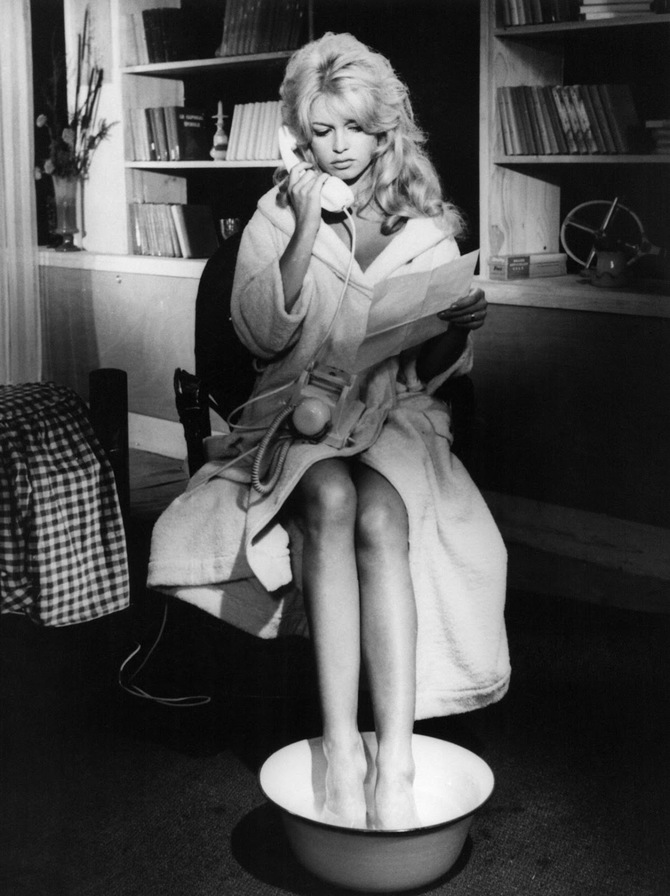 Brigitte Bardot in Come dance with me 1959.jpg