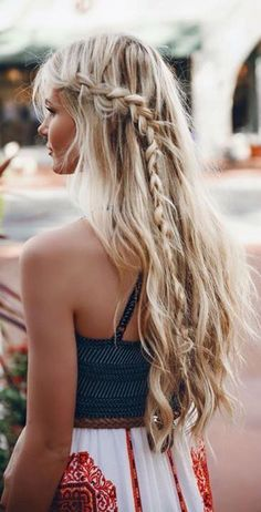 abaaf7f857fd506e4ea9b31f56a4605d--messy-braided-hairstyles-long-blonde-hairstyles.jpg